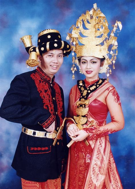 64 best images about baju daerah indonesia on