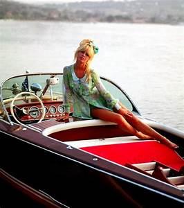 Destockage Petit Bateau En Ligne : photo riva petit bateau de luxe en bois il est ~ Dailycaller-alerts.com Idées de Décoration