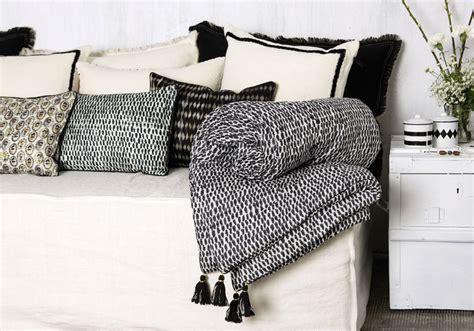 boutis pour canapé plaid boutis pour canap couvre lit boutis