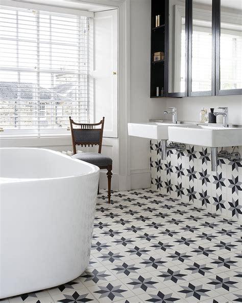 carreau salle de bain des carreaux de ciment dans la d 233 co de la salle de bain shake my
