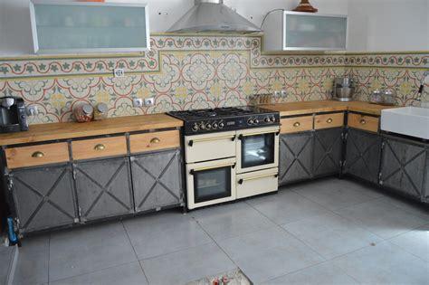 cuisine type industrielle meuble de cuisine style industriel maison et mobilier d