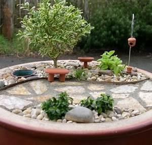 Vertikale Gärten Selber Machen : kleine g rten gestalten miniatur projekte mit viel fantasie ~ Bigdaddyawards.com Haus und Dekorationen