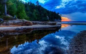 HD Lake Superior Sunset
