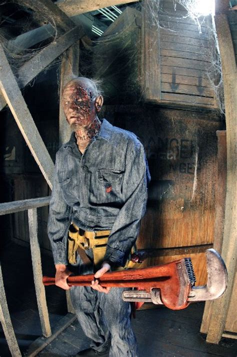 13th Floors Haunted House Philadelphia by δειτε αυτεσ ειναι οι 13 πιο τρομακτικεσ σκηνές από