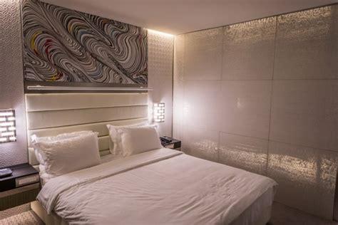 panneau mural chambre idées d éclairage indirect mural dans les intérieurs modernes