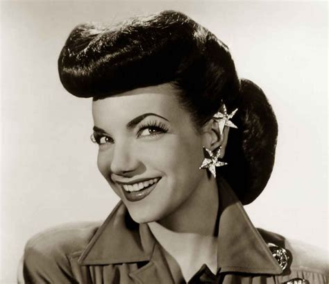 1940s Pompadour Hairstyle 1940s hairstyles memorable pompadours 40 s style