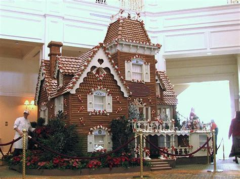 Prepare To Be Awed By The World's Largest Gingerbread
