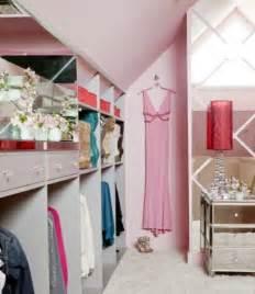 meuble chambre femme ralisscom With déco chambre bébé pas cher avec parfum femme fleuri