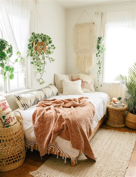 favorite boho bedrooms    achieve