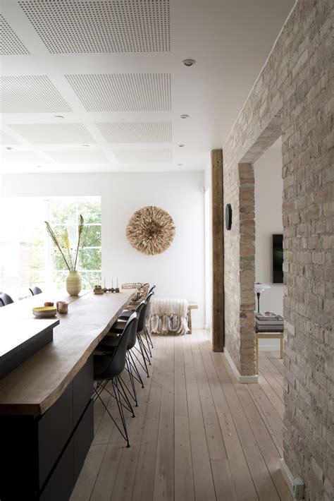 mur de cuisine cuisine avec parquet deco scandinave