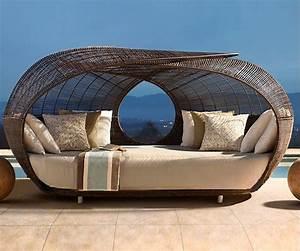 Beautiful lit de jardin en osier photos design trends for Lit de jardin