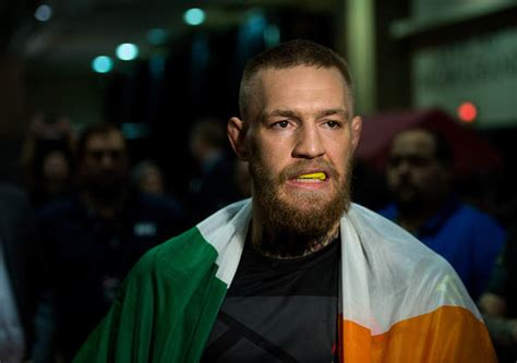 conor mcgregor eyes  ufc title   fight agreed