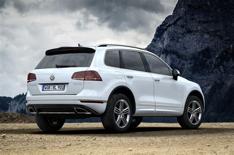 volkswagen touareg images vw prices facelifted touareg from 52 125 in germany