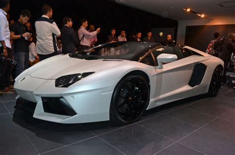 lamborghini aventador s roadster price in malaysia lamborghini aventador lp700 4 roadster previewed in malaysia 18 months wait list from rm3 million