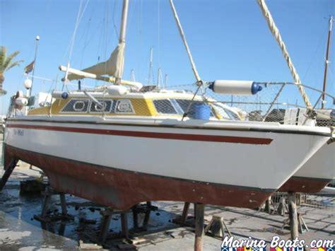 Catamaran Quest 31 by Prout Catamarans Quests 31 In Port Ginesta Catamarans