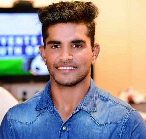 Shivam mavi is an upcoming pace bowler for india who shot to fame during the 2018 u19 world cup. Shivam Mavi Biography, Age, Height, Family, Girlfriend ...
