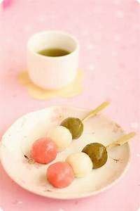 Hanami Dango 花見団子 | Evan's Kitchen Ramblings