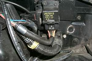 85 Corvette Fuel Pump Relay Connector