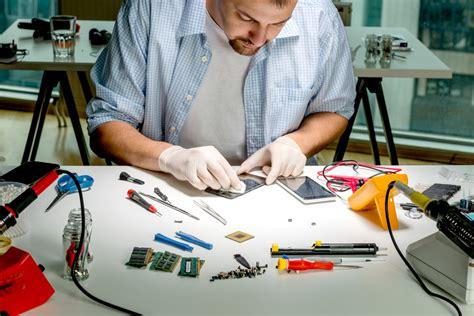 Computer Repair Technician Training: Tools of the Trade