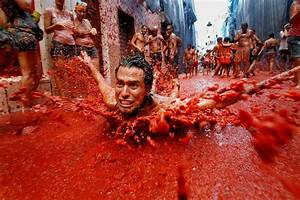 Is La Tomatina A Waste Of Food