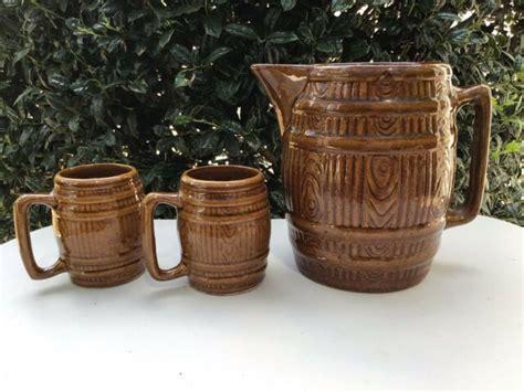 Mccoy Art Pottery Brown Barrel Cider Pitcher 750 2