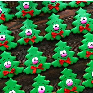Christmas Tree Cookies | Royal icing cookies | Pinterest ...