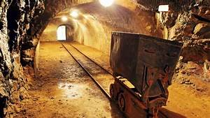 South Africa's mining industry continues to face tough ...