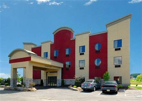 comfort inn pittsburgh comfort inn suites in pittsburgh hotel rates reviews