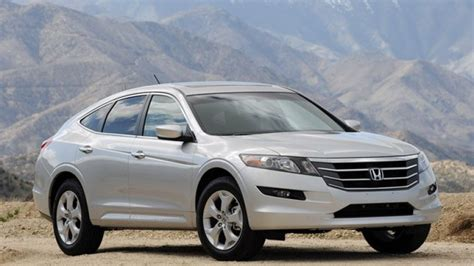 2010 Honda Crosstour Review by Review 2010 Honda Accord Crosstour Hatches A New Niche