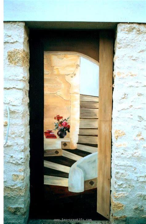 peinture en trompe l oeil de portes