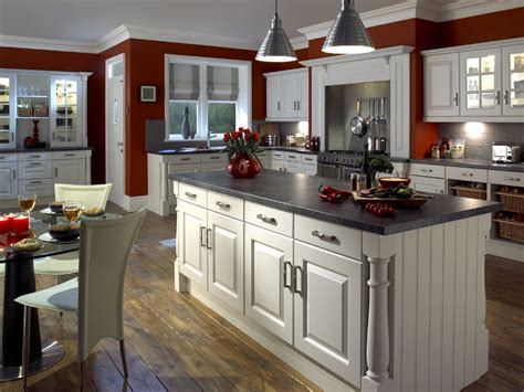 sle kitchen designs 30 popular traditional kitchen design ideas 2099