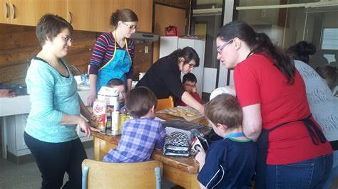 atelier cuisine parents enfants cuisine en famille à amos ici radio canada ca