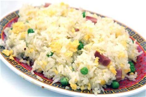 cuisiner le riz recette riz cantonais la recette la plus simple pour