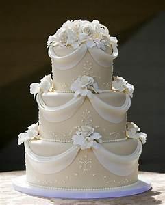 Mariage D'or Blanc Et Or Mariage Gâteaux #2139952 Weddbook