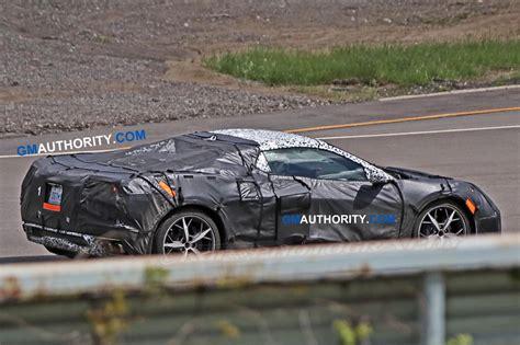 mid engine corvette   debut   detroit auto