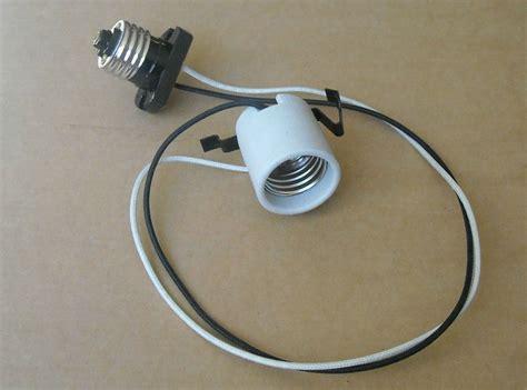 recessed can extension cord medium e26 light bulb socket