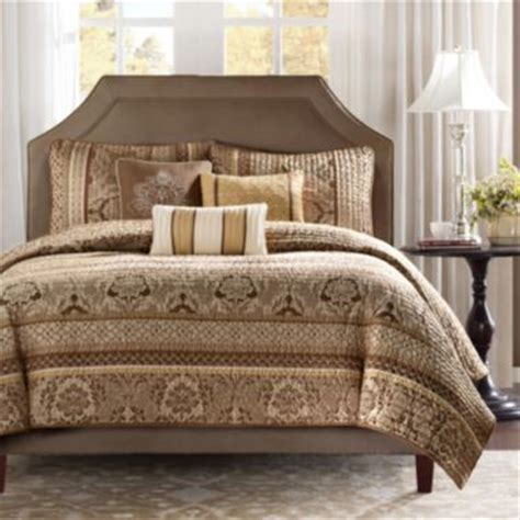 jcpenney bedding quilts 51 best images about bedroom ideas on