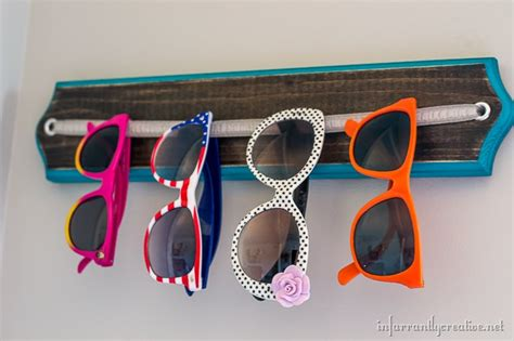 Eyeglass Holder Stand by 18 Diy Sunglasses Holders To Keep Your Sunnies Organized