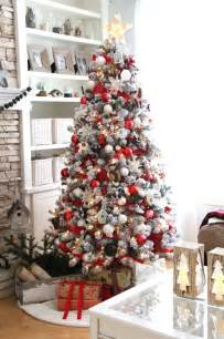 33 cozy red and white christmas d 233 cor ideas digsdigs