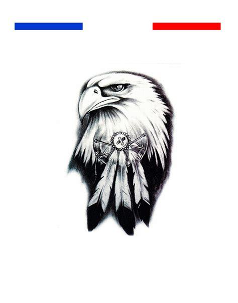 tatouage aigle awesome plume duaigle tatouage recherche