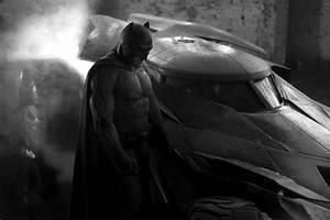 First Look at Ben Affleck as Batman! | Costume Craze Blog