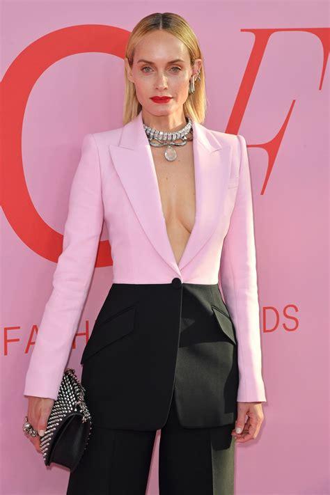Amber Valletta Cfda Fashion Awards Nyc