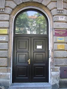 Vchodové dveře dvoukřídlé s nadsvětlíkem