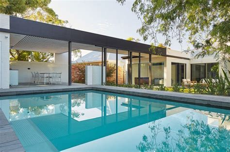 Pool Houses To Be Proud Of And Inspired By