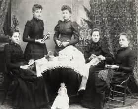 19th Century Upper Class Women