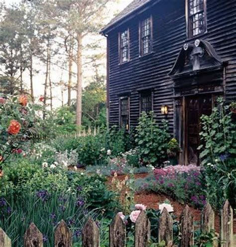 17 best ideas about farmhouse garden on