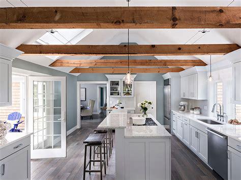 cape cod style kitchen design 4 evergreen design trends of a cape cod kitchen nebs 8060
