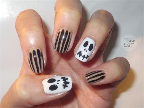 4 Cute Halloween Nail Art Designs