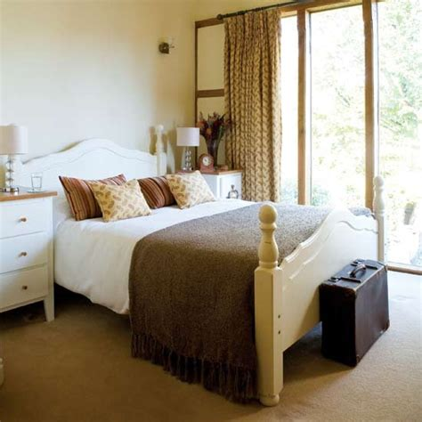 Cream Bedroom Furniture Hupehome