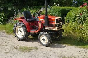 Kleintraktoren Allrad Gebraucht : gebrauchte traktoren ~ Kayakingforconservation.com Haus und Dekorationen
